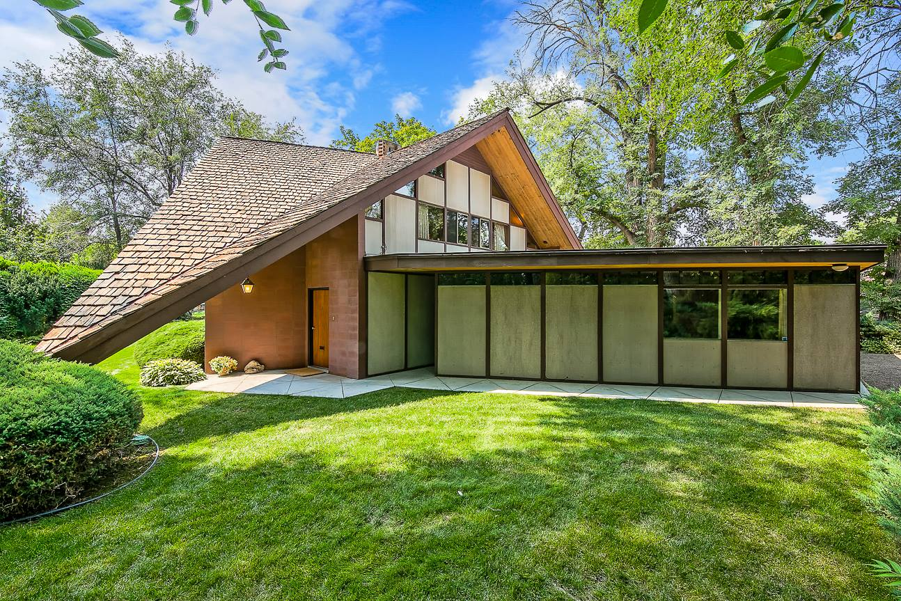 The phillips house mid century real estate in boise for Century home builders