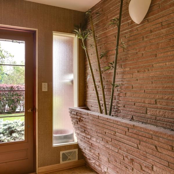 4_Best-Indoor-Planter-Fireplace