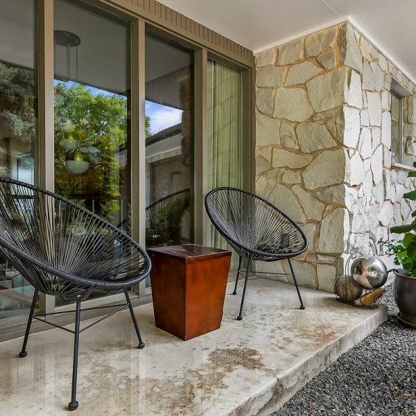 2_Front Porch