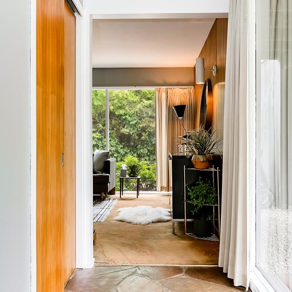 5_Front Hallway