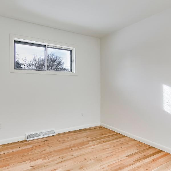 20_BR1 window