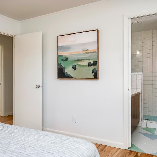 24_Master Bed Wall